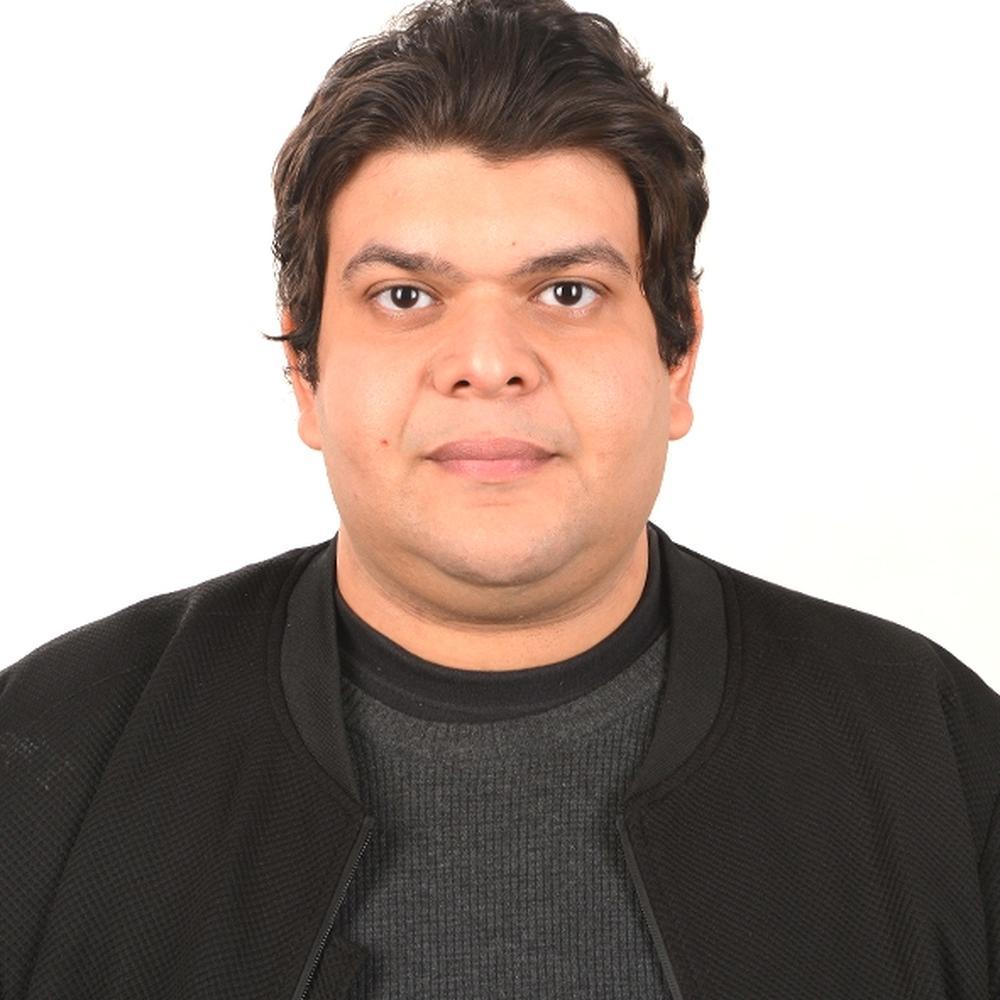 Dr Ahmed E